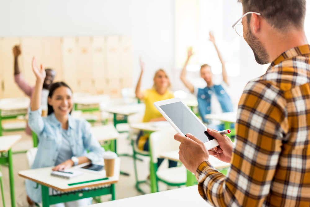Enjoyable How To Improve Student Engagement In A Smart Classroom Download Free Architecture Designs Scobabritishbridgeorg